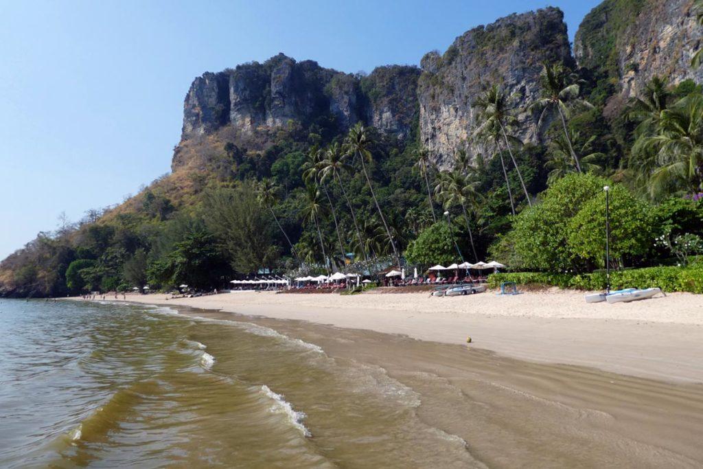 Monkey trail & beach